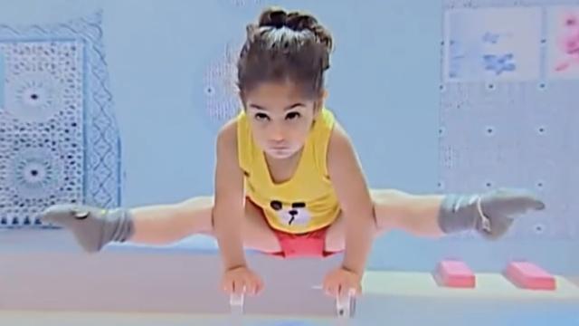 惊呆!三岁小孩玩转高难度体操动作