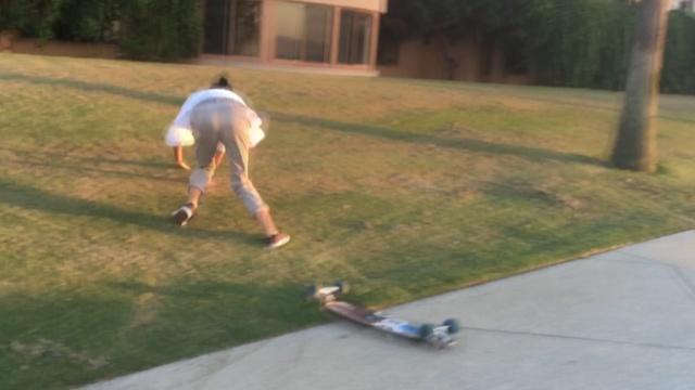 我的滑板没有鞋,留学小哥教你滑
