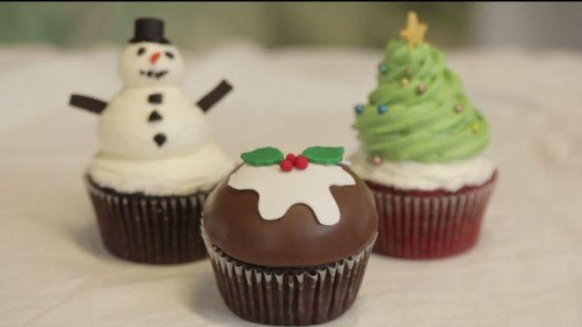 超可爱圣诞纸杯蛋糕