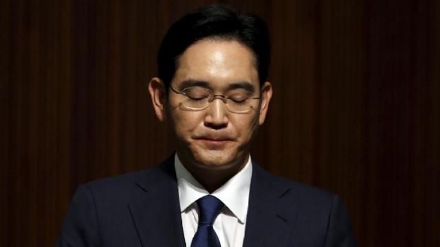 """三星""""太子""""李在镕遭韩国检方传唤"""