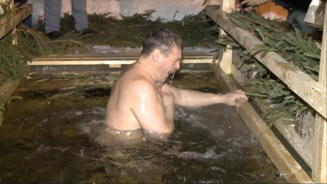 零下十度,俄罗斯人为啥跳进冰水?