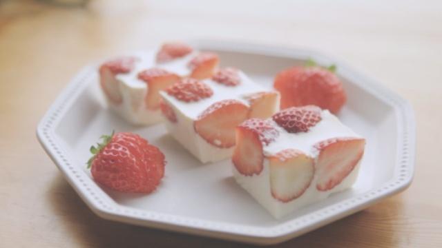 草莓的3+1种有爱吃法