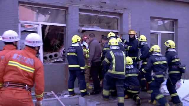 哈尔滨一饭店装修,屋顶坍塌致1死