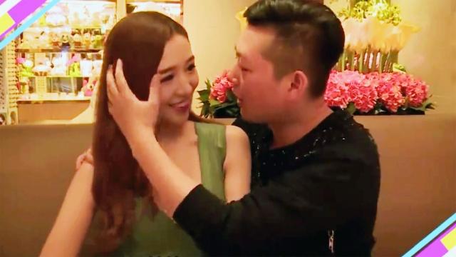 KTV里这样亲吻女生,她最无法拒绝