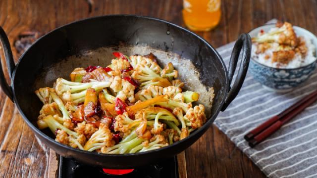 干锅花菜 一招万能的蔬菜做法
