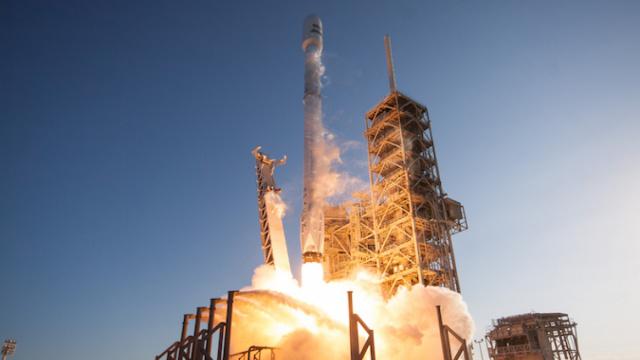 SpaceX傍上军方,首次发射间谍卫星