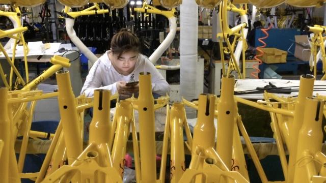 实拍:我应聘进了小黄车生产流水线