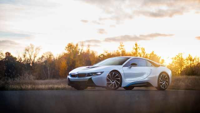 它是现在可买,最具未来范的量产车
