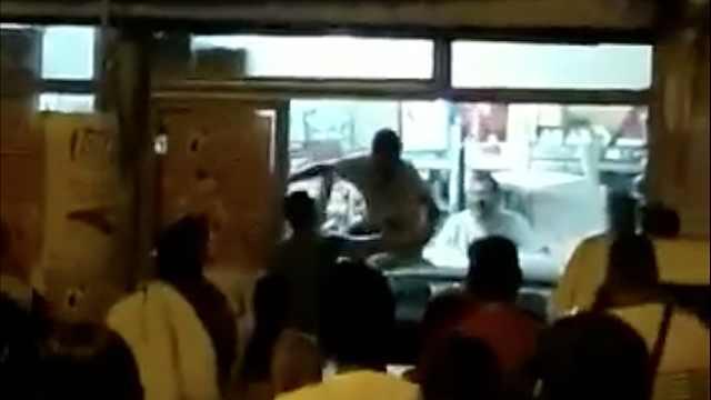 西班牙华人店被撞惨案:还有人抢劫