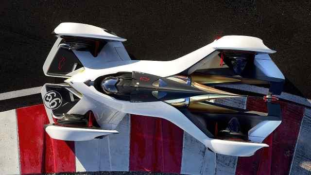 趴着开,雪佛兰天马行空的激光赛车