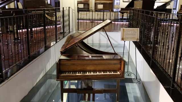 去国内最大钢琴博物馆看160岁钢琴