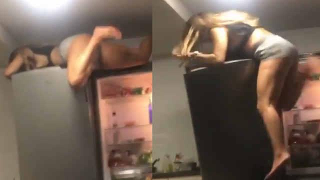 醉酒美女爬冰箱,一个尖叫摔惨了