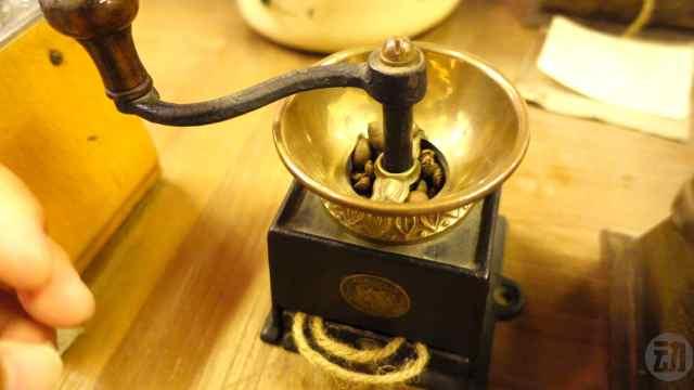迪拜咖啡博物馆欣赏世界各地咖啡机