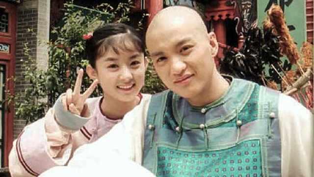 周一围八年前和赵丽颖演兄妹,甜炸