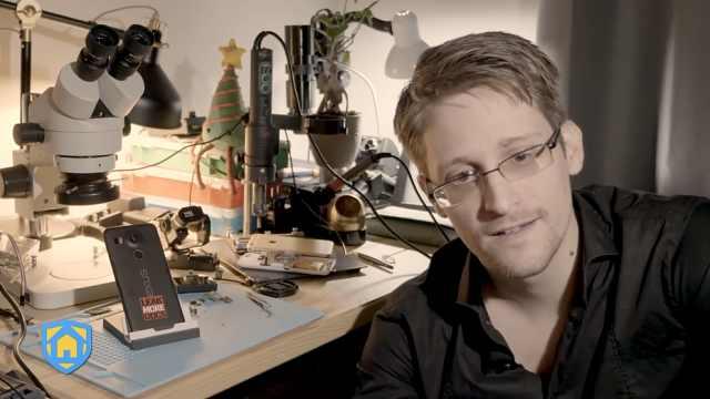 斯诺登发布反间谍应用:手机变监控