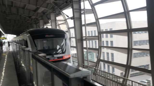 视频揭秘:奢华轨道10号线本周开通