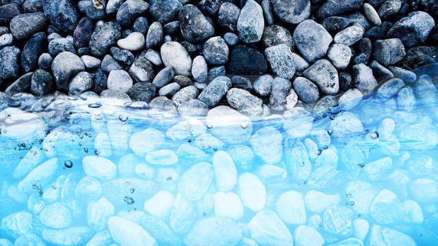 地球的岩层里可能藏了一片海!