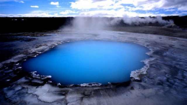 常用旅游英语:冰岛温泉