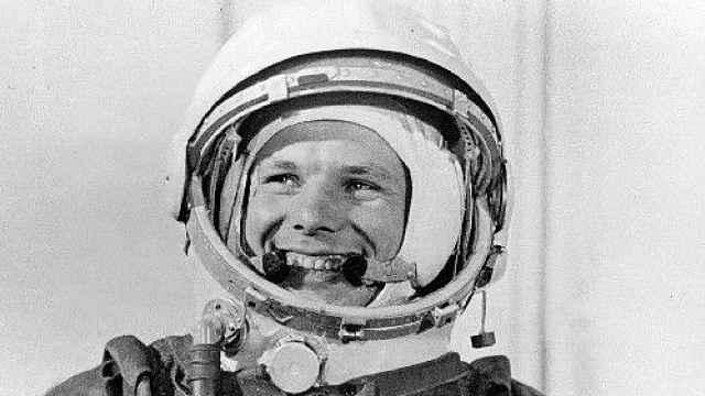 首个太空人遇难50年:回顾传奇一生