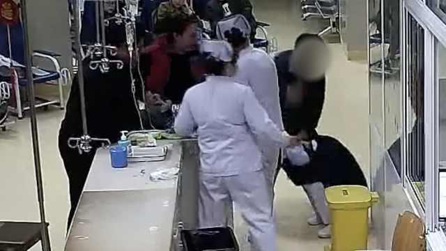 她带外孙看病,不满护士竟出手殴打