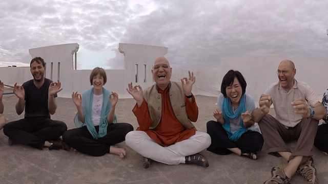 印度大笑瑜伽超魔性:客官,了解一下