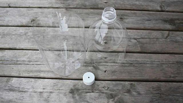 塑料瓶别扔,这样做分分钟变废为宝