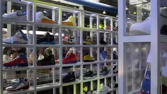 他收藏球鞋20年,能买上海一套房