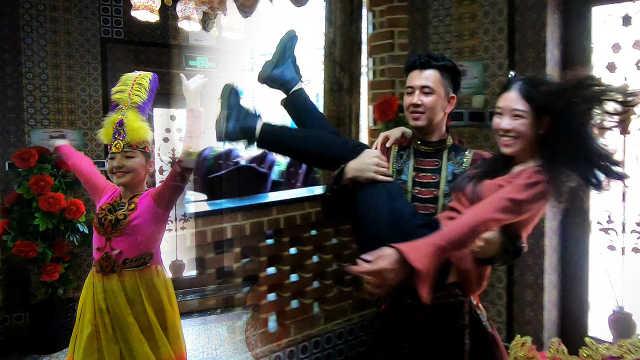 热情似火的新疆维吾尔族舞蹈