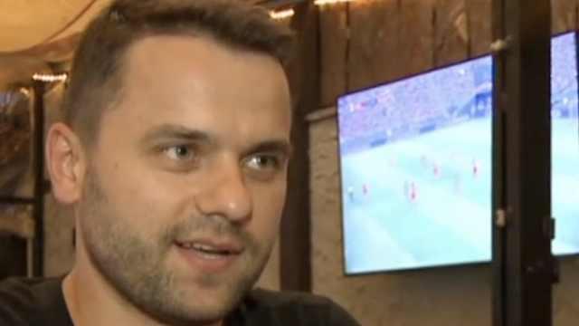 波兰球迷自信:莱万似梅西,能进两球