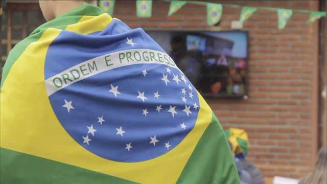 巴西对哥斯达黎加,球迷:碾压对手