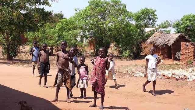 非洲农村的生活是什么样的?