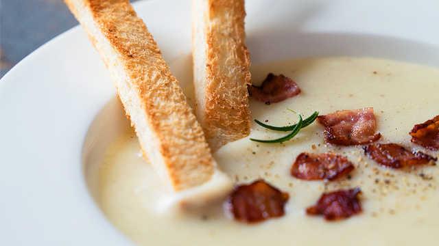 颜值与美味并存的土豆浓汤
