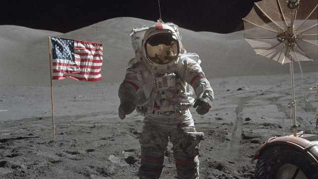 有点皮!人类首次登月全纪录
