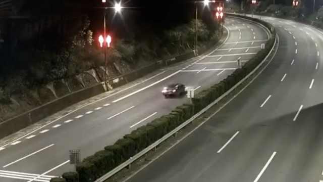 他喝2瓶二锅头上高速,逆行5km撞2车