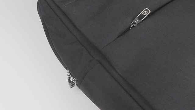 让背包安全防盗,只需一个回形针