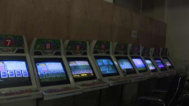 17人聚众赌博被抓:设岗哨以为安全