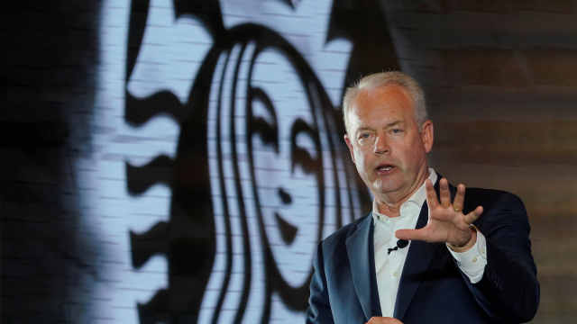 星巴克CEO:15小时在中国新开1家店