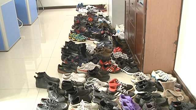奇葩男一年偷百双旧鞋,冰箱都塞满