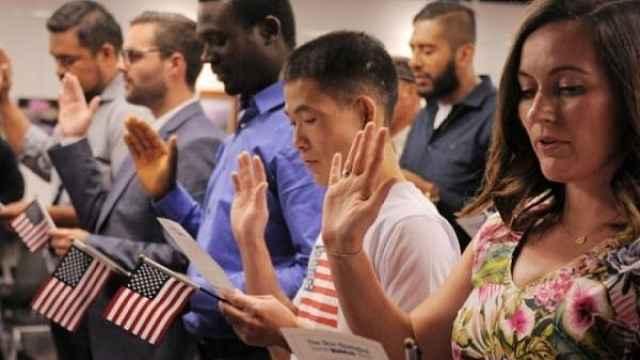 美国如何成为全球最大移民国家?