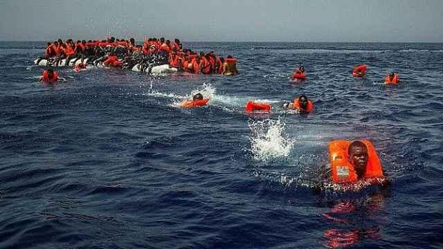 意拟罚救助难民NGO:救一人罚4.2万