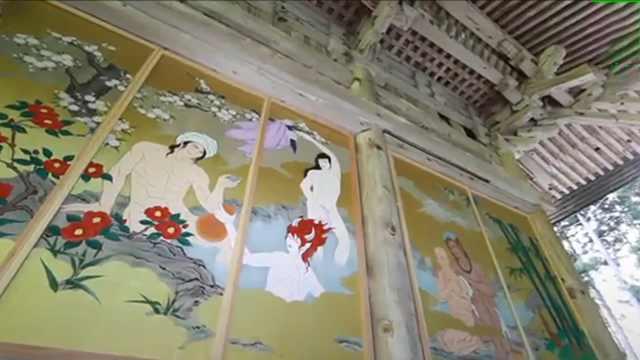 吸引女顾客!日寺庙墙画性感美男图