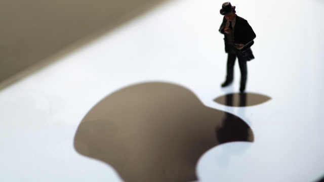 苹果第三财季财报超预期,股价涨4%
