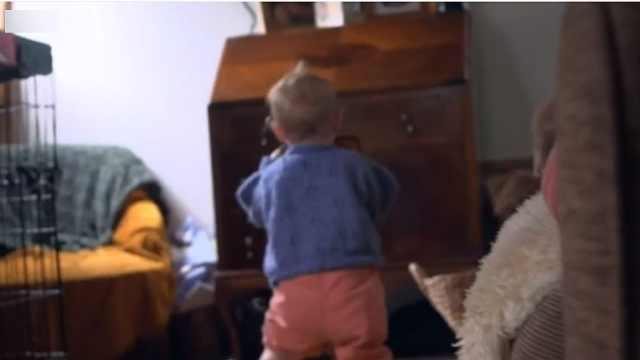 英夫妇隐瞒孩子性别:未来他自己选