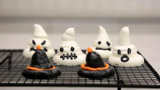 烤瑞士蛋白霜:小幽灵与巫师帽