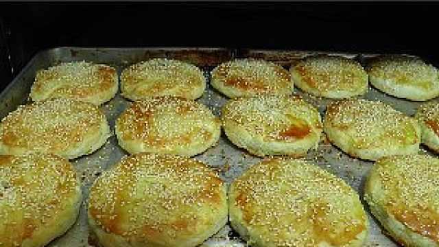 蟹壳样的饼!嘉兴蟹壳黄一口香酥