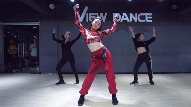 小姐姐霸气开跳韩国女团热曲