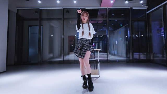 参演Queendom的韩国小姐姐甜美开跳