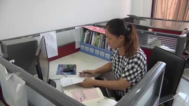 放弃读研选择支教,她扎根海岛17年