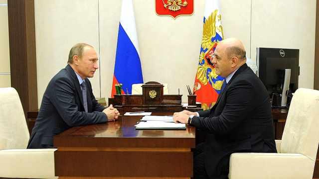 俄罗斯总统提议税务局局长出任总理