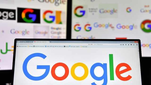 谷歌母公司市值首次突破万亿美元